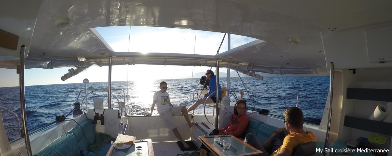 Voilier Atoll 43 - location de voiliers dans le var